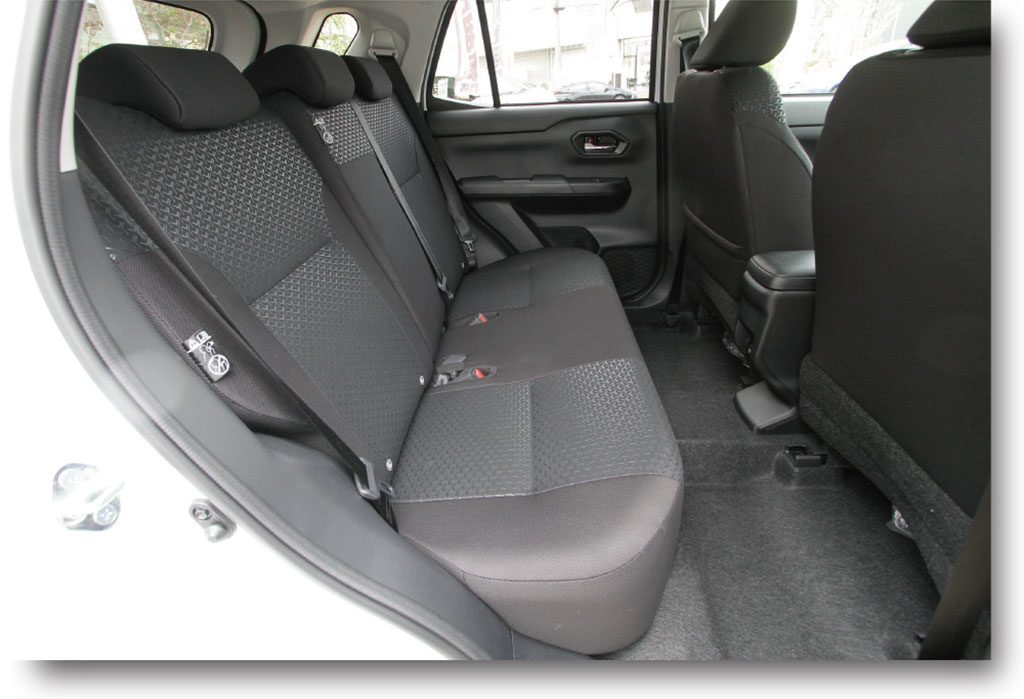 ライズの車内空間